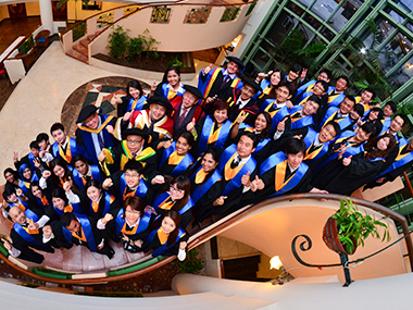 Academic Gown Management / Graduation Ceremony Organising